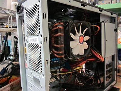 コンパクトパソコン